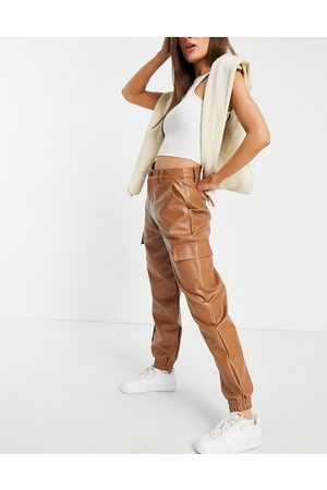 Missguided Faux leather cargo trouser in toffee-Brown