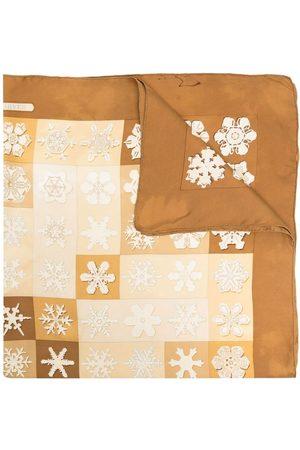 Hermès Šály a šátky - Pre-owned snowflake print silk scarf