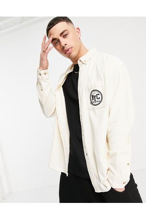 ASOS DESIGN Muži Volnočasové - 90s oversized cord shirt in ecru with NYC embroidery-Neutral
