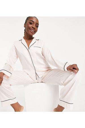 ASOS Ženy S dlouhým rukávem - ASOS DESIGN Tall satin long sleeve shirt & trouser pyjama set in pink-White