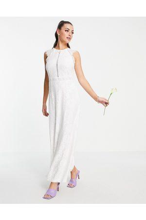 Vila Ženy Plesové - Bridal dress with lace detail in white