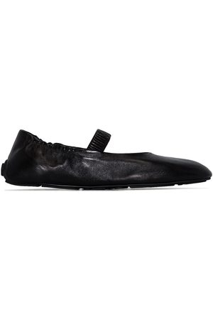 Prada Ženy Baleríny - Round-toe elasticated ballerina shoes