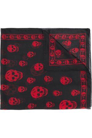 Alexander McQueen Muži Šály a šátky - Skull print scarf