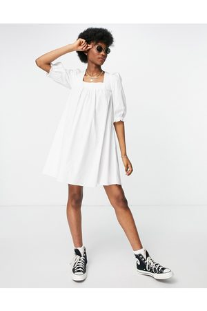 New Look Tie back shirred poplin mini dress in white-Brown