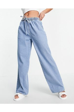 ASOS DESIGN Pull on jean in midwash-Blue