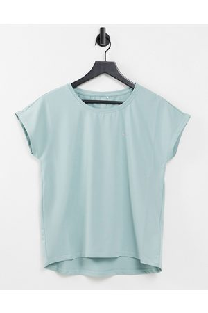 Only Play Alibree short sleeve loose training tee in grey mist
