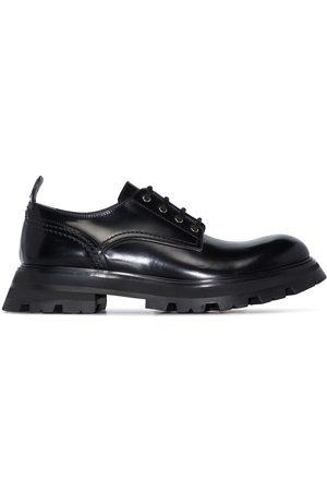 Alexander McQueen Ženy Do práce - Wander leather lace-up shoes