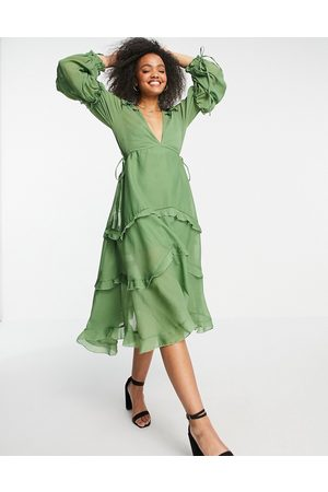 ASOS Ženy Midi - Ruched tiered midi dress with lace trim in khaki-Green