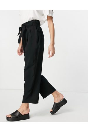 Whistles Belted casual crop trouser in black
