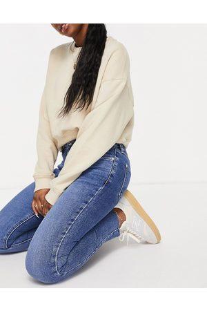 MANGO Ženy Skinny - Cropped skinny jeans in blue