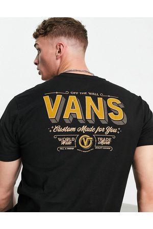 Vans Muži S krátkým rukávem - East End back print t-shirt in black