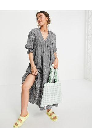 ASOS V neck midi smock dress with pephem in gingham-Multi
