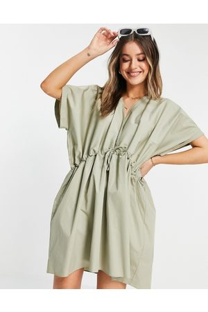 ASOS Ženy Volnočasové - Cotton mini smock dress in khaki-Green