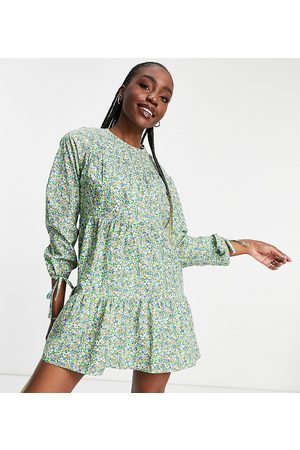 Influence Long sleeve printed cotton mini dress in ditsy floral print-Green