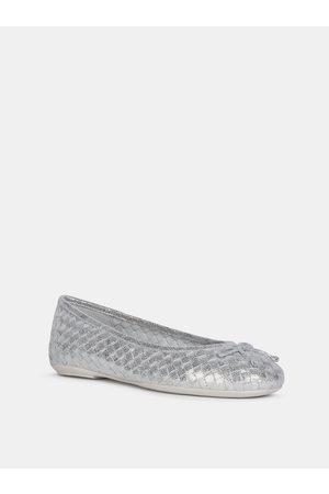 Geox Dámské baleríny ve stříbrné barvě Palmaria