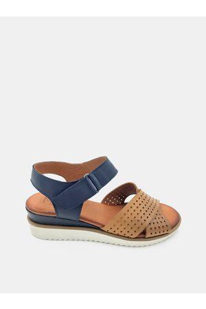 WILD Hnědo-modré dámské kožené sandálky na klínku