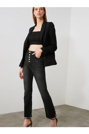Trendyol Černé bootcut džíny