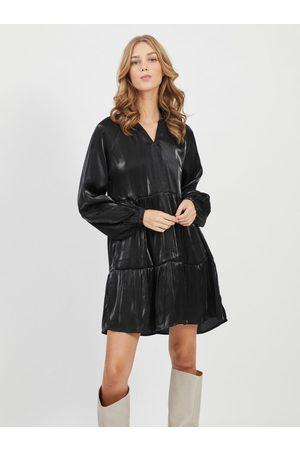 VILA Černé volné lesklé šaty