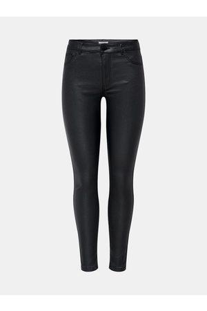 JACQUELINE DE YONG Černé skinny fit kalhoty s povrchovou úpravou