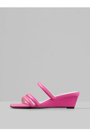 Vagabond Růžové dámské kožené pantofle na klínku Nellie