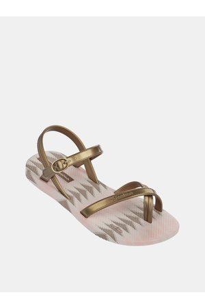 Ipanema Holčičí sandály ve zlaté barvě