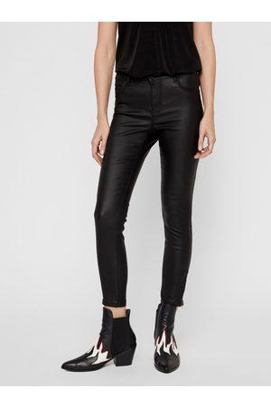 Noisy May Černé koženkové skinny fit kalhoty Kimmy