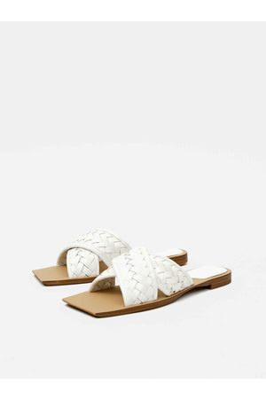 MANGO Bílé pantofle Drew