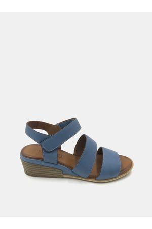 WILD Modré kožené sandálky na klínku