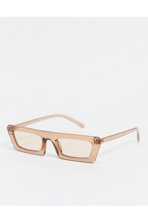 Jeepers Peepers Womens flat brow sunglasses in brown