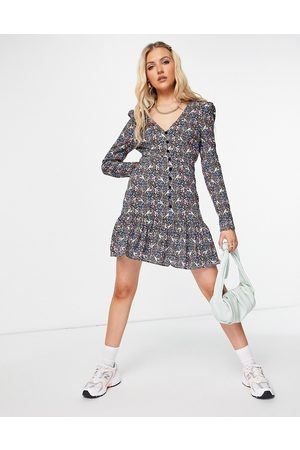 ASOS Ženy Volnočasové - Button through long sleeve tea dress with frill hem in blue and pink floral