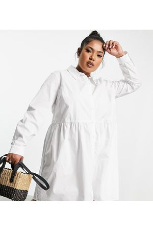 ASOS Curve Ženy Volnočasové - ASOS DESIGN Curve cotton mini smock shirt dress in white