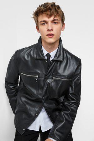 Zara Kožená bunda s kapsami