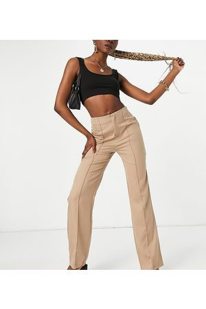 Missguided Tailored straight leg trouser in stone-Neutral