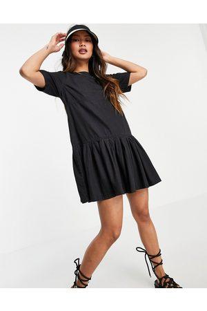 ASOS DESIGN Ženy Volnočasové - Soft denim smock t-shirt dress in washed black