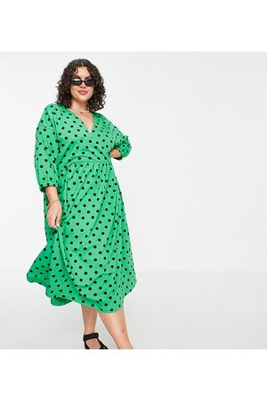 ASOS ASOS DESIGN Curve midi smock dress with wrap top in green and black spot