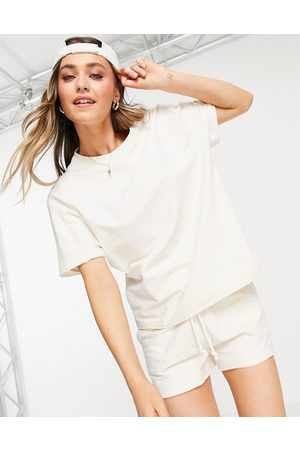 Chelsea Peers Lounge oversized t shirt co-ord in off white-Neutral