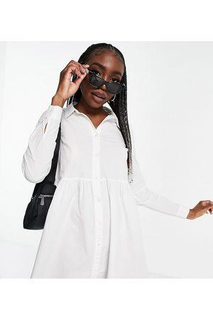ASOS Ženy Volnočasové - ASOS DESIGN Tall cotton mini smock shirt dress in white