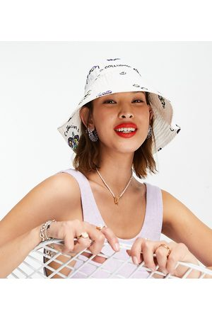 COLLUSION Ženy Klobouky - Bucket hat in ditsy floral-Pink