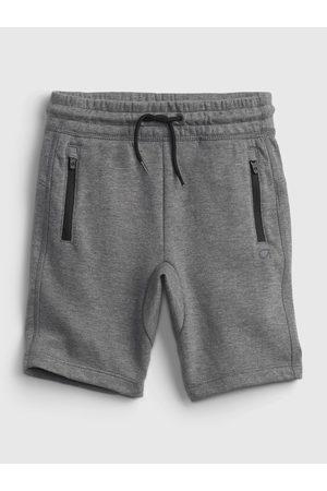 GAP Chlapci Kraťasy - Šedé klučičí dětské kraťasy fit fit tech pull-on shorts