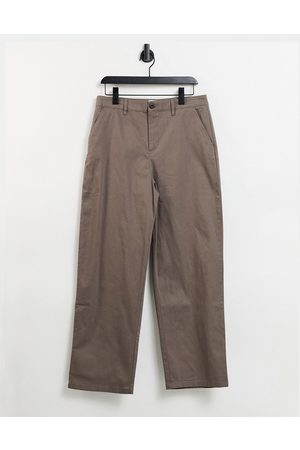 ASOS Muži Chino - Chinos in wide fit in brown