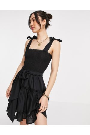 River Island Ženy Na párty - Mini beach dress in black