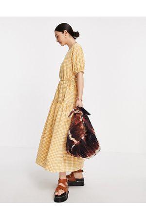 Y.A.S Ženy Volnočasové - Maxi skater dress in tan gingham-Brown