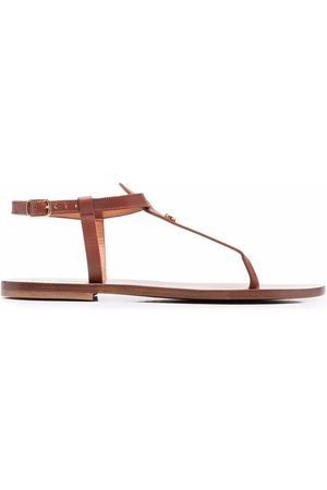 DEE OCLEPPO Plaque detail sandals