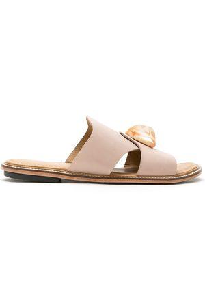 MATRI Gida leather flat sandals