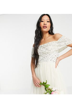 Maya Ženy Na párty - Bridesmaid off shoulder mini tulle dress with tonal delicate sequin in ecru-White