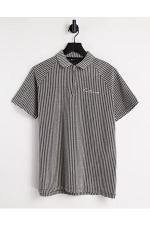 ASOS DESIGN Relaxed short sleeve textured polo shirt in grey with chest embroidery