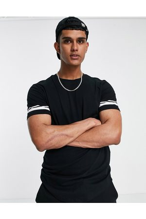 Only & Sons Longline t-shirt with sleeve stripe in black