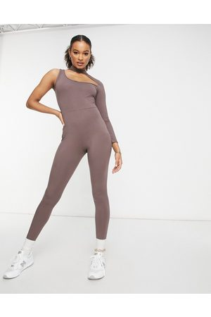 I saw it first Cut out asymmetric jumpsuit in chocolate-Brown