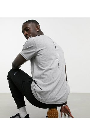 The North Face Muži S krátkým rukávem - Vertical t-shirt in grey Exclusive at ASOS