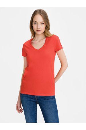 GAP Červené dámské tričko favorite v-neck t-shirt